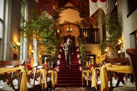 Dromoland_castle_Kincora_Hall_ceremony_decor