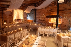 Wedding_in_a_barn