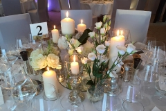 Vases_and_candles